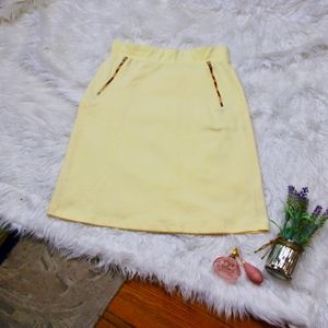 Le Lis StitchFix Yellow Chevron Contrast Zip Skirt